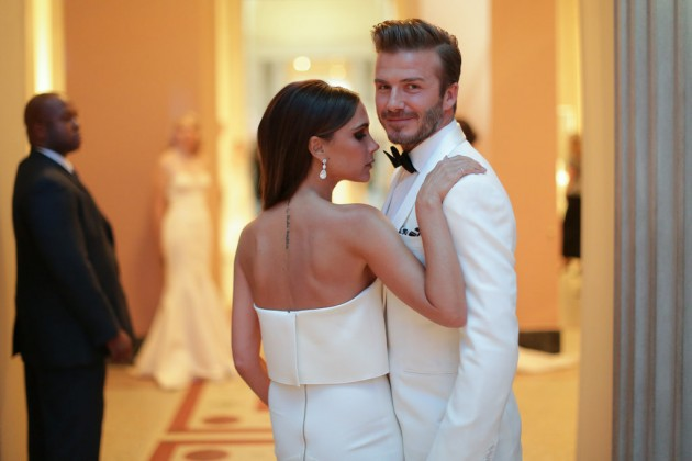 Victoria-David-shared-supersweet-moment-Met-entrance