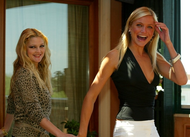Drew_Barrymore_and_Cameron_Diaz_2