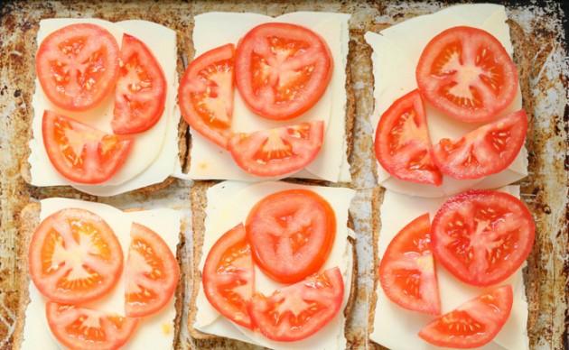 tomato_to_toast