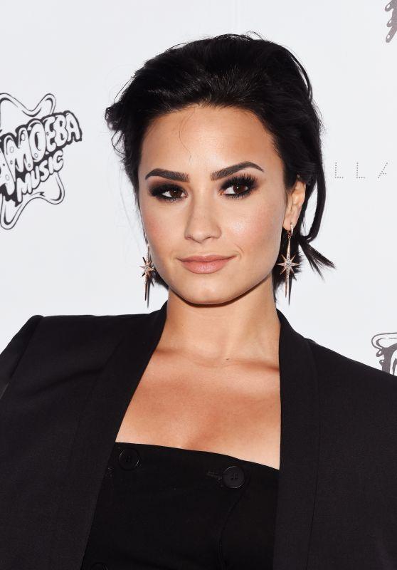 Demi_Lovato_1
