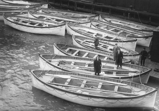 lifeboats_Titanic